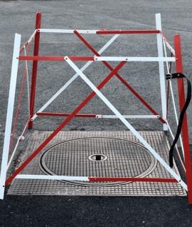 Barrière de chantier extensible : protection des regards Accessoire terrain, Topographie-lepont.fr